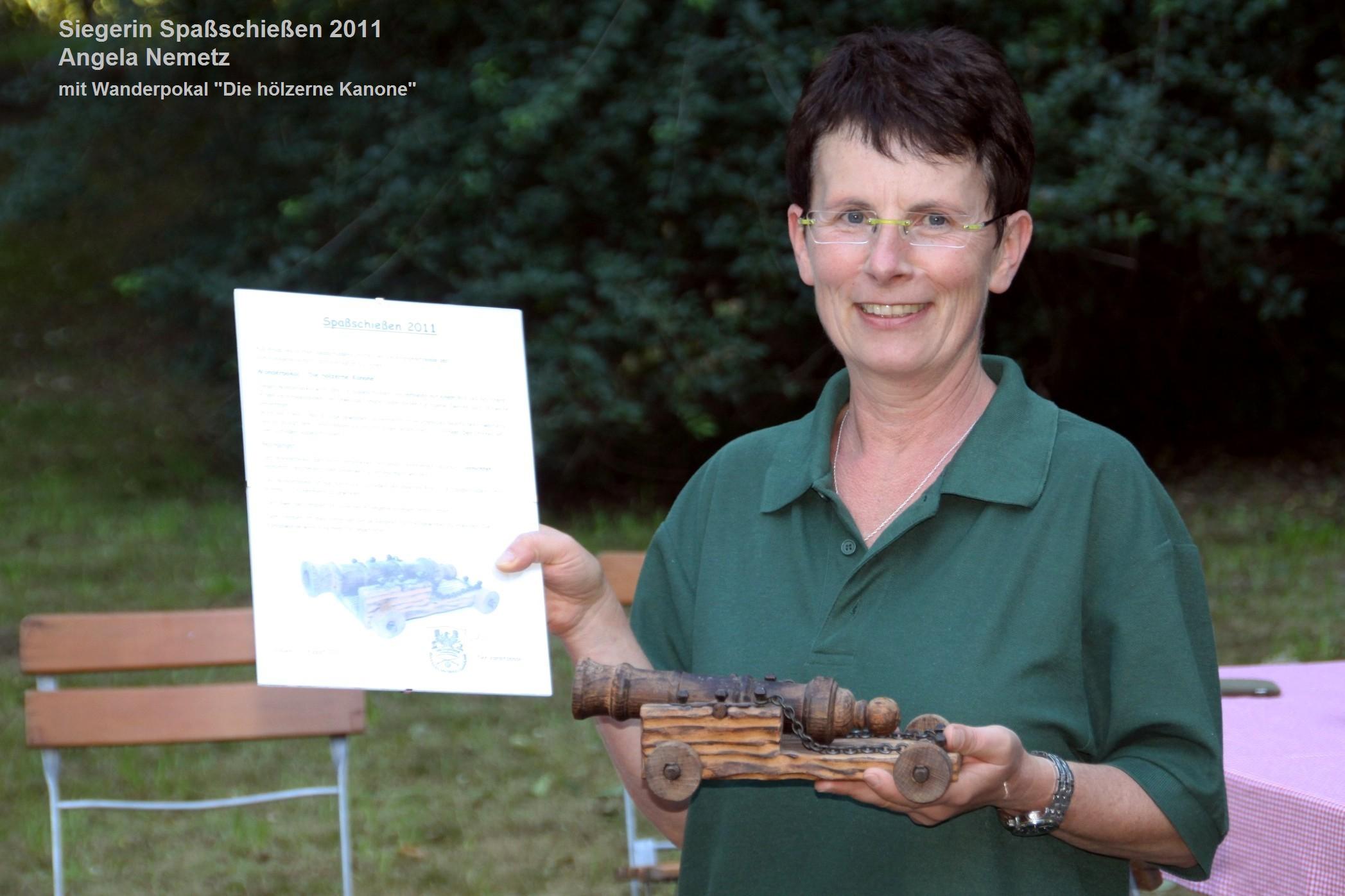 Sieger im Spass-Schiessen 2011 Angela Nemetz